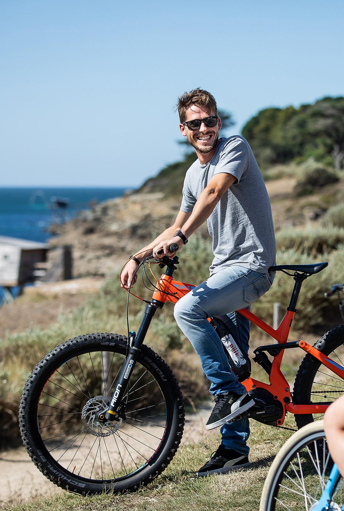 sea bike and sun pornic